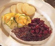 Recettes Québécoises.com - Foie de caribou aux canneberges Tacos, Beef, Ethnic Recipes, Food, Canadian Recipes, Game, Kitchens, Meat, Essen