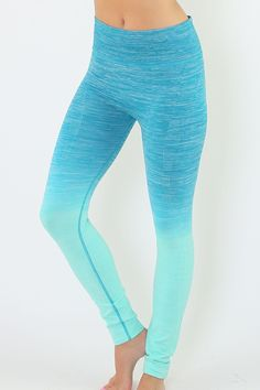 These long two-tone yoga pants have a darker shade of color near the waist which fades into a lighter vibrant color right above the knees. Fabric: 55% Nylon / 33% Polyester / 12% Spandex Color: Jade /