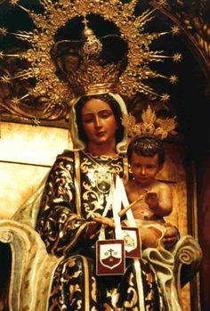 Los Carmelitas | Imagen situada en el altar de la iglesia de nuestro convento.
