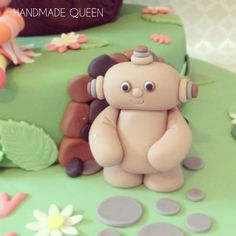 In The Night Garden Cake #maccapacca #cake #topper Leo Birthday, Cool Birthday Cakes, 2nd Birthday Parties, Fondant Figures Tutorial, Fondant Toppers, Queen Cakes, Garden Cakes, Cake Photos, Night Garden