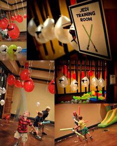Se sua festa for em ambiente interno, cole balões dos Stormtroopers no teto mas que fiquem a uma altura baixa.