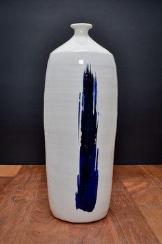 Handmade ceramic pottery vase | Japanese inspiration