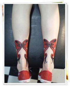 """Tatuagem parte posterior """"LAÇOS"""""""