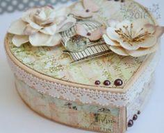 ** Valentine's Day Altered Box @weeklyscrapper
