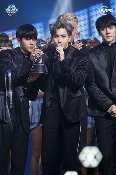 Baekhyun, Suho e Sehun EXO
