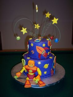 robot and rockets cake, i bet you could do this, teresa!