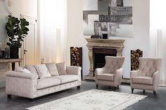 טיפים לבחירת רהיטים לסלון Couch, Throw Pillows, Bed, Furniture, Home Decor, Settee, Toss Pillows, Decoration Home, Sofa