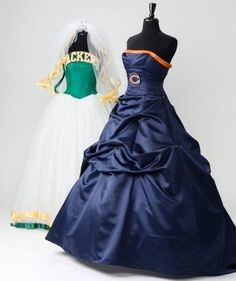 Bears, Packers Wedding Dresses - I hate that the bears one is prettier but just change the colors and logo to the packs and viola it's perfect