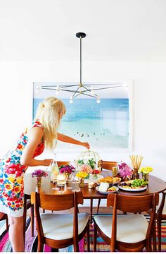 Statement dining - big and bright art to create a spotlight.