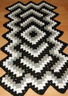 Crochet Afghans, Crochet Ripple, Crochet Bedspread, Rainbow Crochet, Crochet Quilt, Crochet Doilies, Crochet Table Runner Pattern, Crochet Shrug Pattern, Granny Square Crochet Pattern