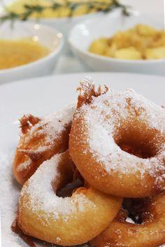 """Het lekkerste recept voor """"Appelbeignets met appelcompote"""" vind je bij njam! Ontdek nu meer dan duizenden smakelijke njam!-recepten voor alledaags kookplezier!"""