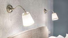 Decorar dormitorio amplio y cálido con vestidor - Armario