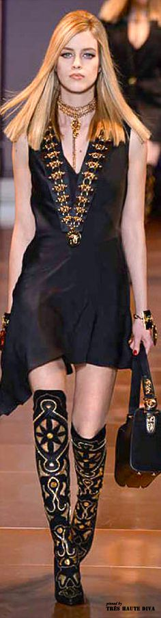 #Milan Fashion Week  Versace Fall/Winter 2014 RTW