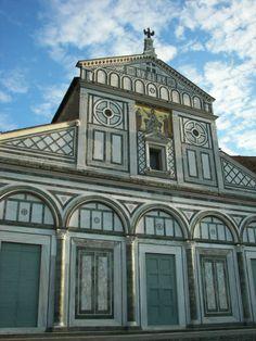 Basílica de San Miniato al Monte en Florencia  #Florencia #italia