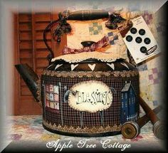 I love the idea, could go with… Primitive Painting, Tole Painting, Country Crafts, Country Art, Painted Pots, Hand Painted, Vintage Tea Kettle, Decoupage, Country Paintings