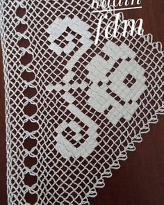 Needle Lace, Bargello, Filet Crochet, Elsa, Mandala, Instagram, Dish Towels, Cross Stitch, Punto De Cruz