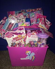 My Little Pony Easter Basket Girl Gift Baskets, Themed Gift Baskets, Easter Baskets, Frozen Easter Basket, Easter Crafts For Kids, Easter Ideas, Boyfriend Crafts, Valentine's Day Diy, Valentines Diy