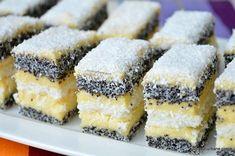 Sweet Desserts, Sweet Recipes, Cake Recipes, Dessert Recipes, Christmas Sweets Recipes, Romanian Desserts, Eastern European Recipes, Different Cakes, Oreo Dessert