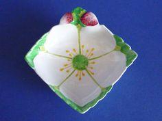 Carlton Ware 'Strawberry' Preserve Dish c1935