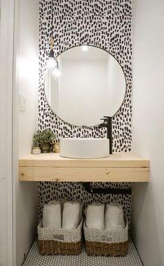bathroom wallpaper DIY bathroom renovation with removable wallpaper Bad Inspiration, Bathroom Inspiration, Bathroom Inspo, Garden Inspiration, Temporary Wallpaper, Downstairs Bathroom, Bathroom Mold, Master Bathroom, Bathroom Interior Design