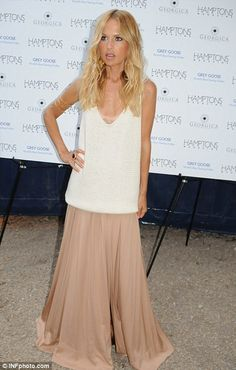 Rachel Zoe you are scary skinny but you know what you are doing girl.