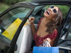 If there's one thing we girls love to indulge in, it's shopping! Unfortunately money doesn't grow on trees and being a shopaholic could mean serious money trouble. That's why we got you some shopping tips to ensure that each time you shop, you shop smart!