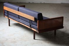 Wicked Mid Century Modern Daybed Day Bed Sofa (U.S.A. 1960s)