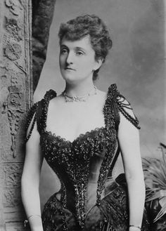 LADY CONSUELO MONTAGU, THE DUCHESS OF MANCHESTER circa 1888