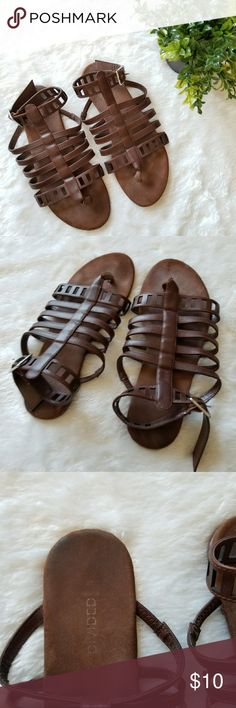 H&M Gladiator Sandals!! Brown gladiator sandals by H&M. Size 7. Pre-owned and in good condition. Normal wear. Some fading. Comes from a smoke-free pet-free home. Fast shipping! NO TRADES! H&M Shoes Sandals