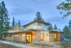 exterior2-modern-contemporary-northwest-crossing-greg-welch-lot-642-620x413