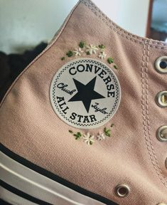 High top pink embroidered converse VSCO Instagram aesthetic
