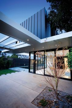 Melbourne home renovation / by Canny Contemporary Architects