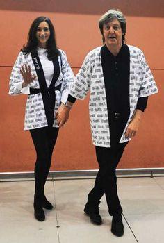 #PaulMcCartney and Nancy Shevell sport matching ensembles as they arrive at #Kansai International Airport on November 9, 2013 in Izumisano, #Japan
