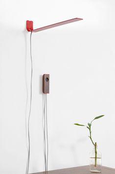 Minimalistic wall lamp