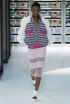 2017春夏プレタポルテ - シャネル(CHANEL) ランウェイ|コレクション(ファッションショー)|VOGUE JAPAN