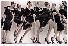 prada-ad-campaign-spring-summer-2009-black-large.jpg (1000×683)