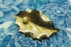 Beautiful Vintage Gold Leaf with with Faux Pearl Pin / Brooch by amyrigs on Etsy