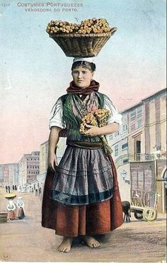 Old Portuguese costume Vintage Posters, Vintage Photos, Folk Costume, Costumes, Isadora Duncan, Portuguese Culture, Douro, As Time Goes By, Big Country