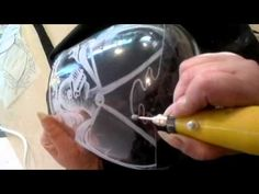 Tutorial de grabado vidrio o cristal - YouTube