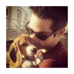 Dylan O'Brien And Tyler Posey Hug Puppies On The 'Teen Wolf' Set. That... ❤ liked on Polyvore featuring dylan o'brien, teen wolf, icons, dylan and pics
