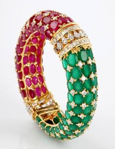 Rubies, emeralds and gold bracelet