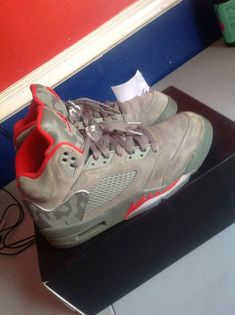 20791b44bf6547 Nike Air Jordan Retro 5 Camo Dark Stucco University Red (136027-051) Sz