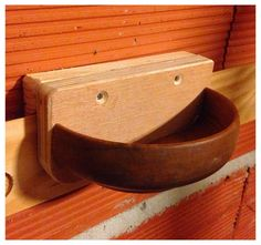 Bowl to French Cleat, would be a great place to stash the phone while in the shop. Tool Wall Storage, Storage Design, Workshop Storage, Workshop Organization, French Cleat System, Tool Hangers, Diy Shops, Woodworking Workshop, Shop Plans