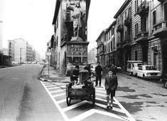 El Signurun de Milan: la statua del Cristo Redentore in via San Dionigi