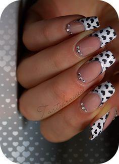 http://i1.wp.com/tartofraises.nailblogs.net/nailart/nailz/stval/ValentinNAILZ_3.png