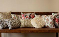 cushions shot for banner Cute Cushions, Cute Pillows, Diy Pillows, Decorative Pillows, Throw Pillows, How To Make Pillows, Wicker Furniture, Home Decor Accessories, Decoration