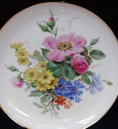 Meissen decorative plate with roses***