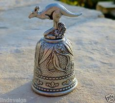 Vintage OZ Australian Pewter Collector Thimble with Hopping Kangaroo on Top (03/17/2013)