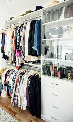 27 Closet Organization Ideas to Copy | How to Organize + Design Your Closet | built-in clothing rack + shelves and drawers