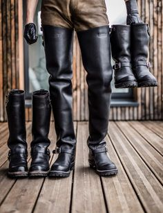 Leather Men, Leather Boots, Leather Jacket, Leather Subculture, Engineer Boots, Mens Boots Fashion, Male Feet, Tall Boots, Men's Boots